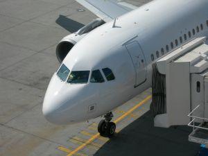 plane+jetway.jpg